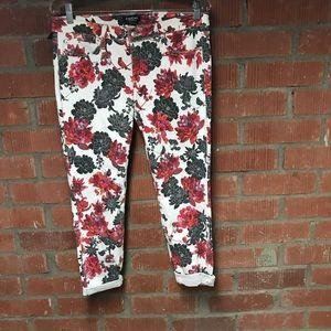 BEBE floral crop jeans
